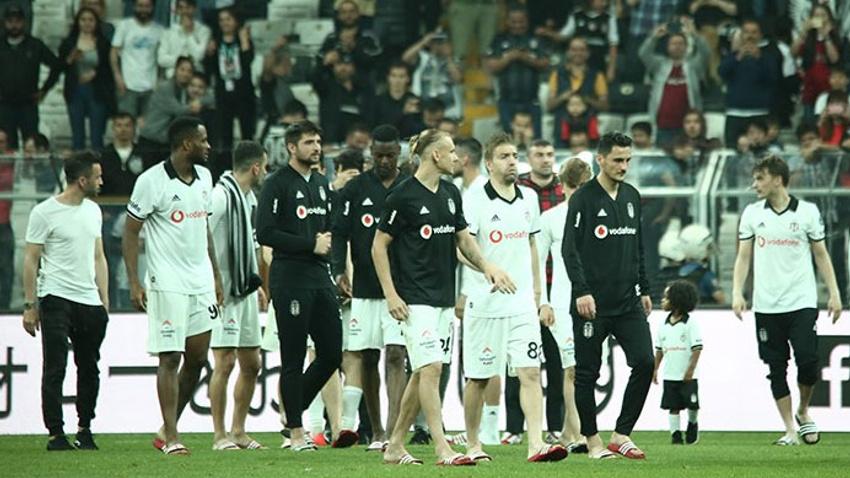 Beşiktaş tribünleri Sergen Yalçın'ı istedi!