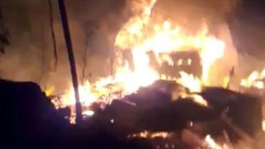 10 evin kül olduğu yangından acı haber