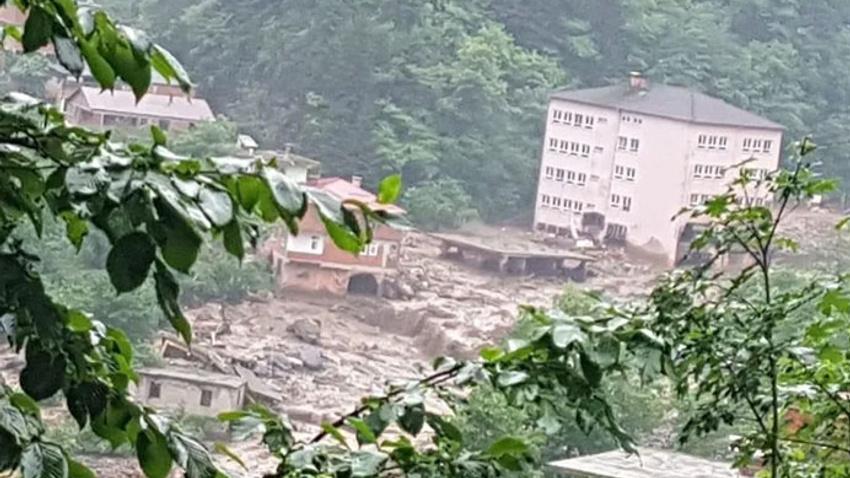 Trabzon'da sel felaketi: 3 kişi hayatını kaybetti, 7 kişi kayıp