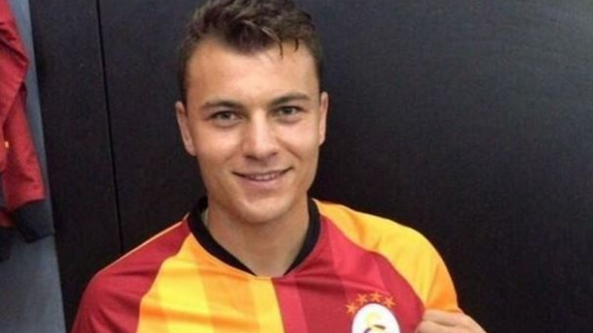 Yusuf Erdoğan Galatasaray formasını giydi!