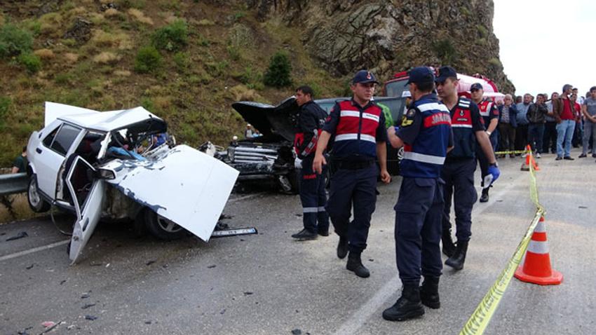 Isparta'da feci kaza: 3 kişi hayatını kaybetti