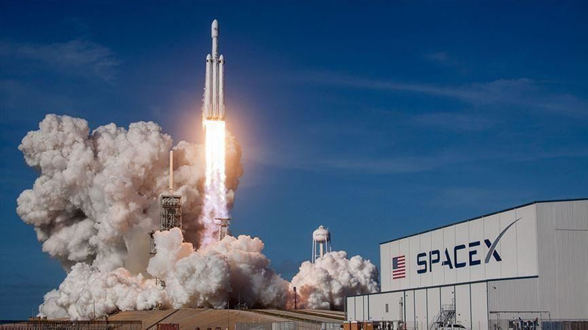 SpaceX kargo mekiğini Uluslararası Uzay İstasyonuna yolladı