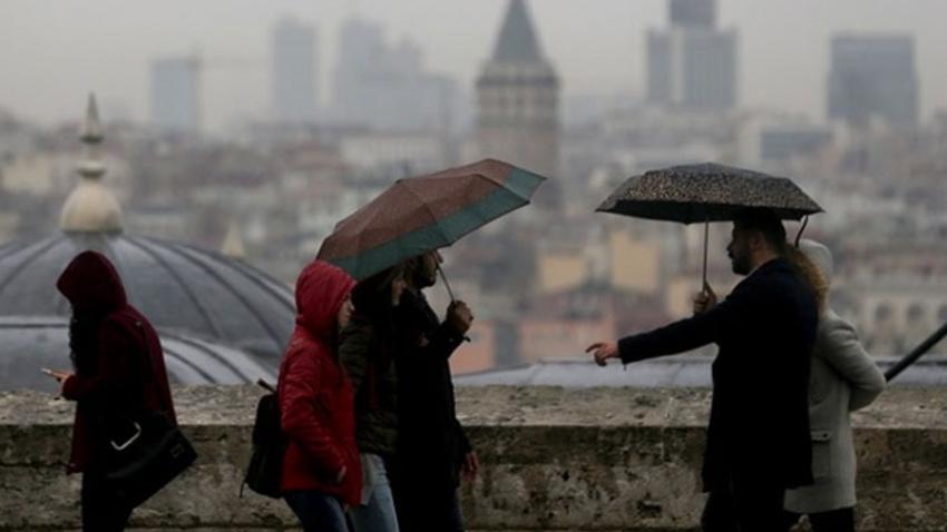 İstanbul'da yağmur hayatı felç etti!