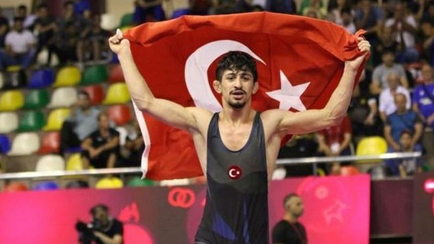 Kerem Kamal dünya şampiyonu