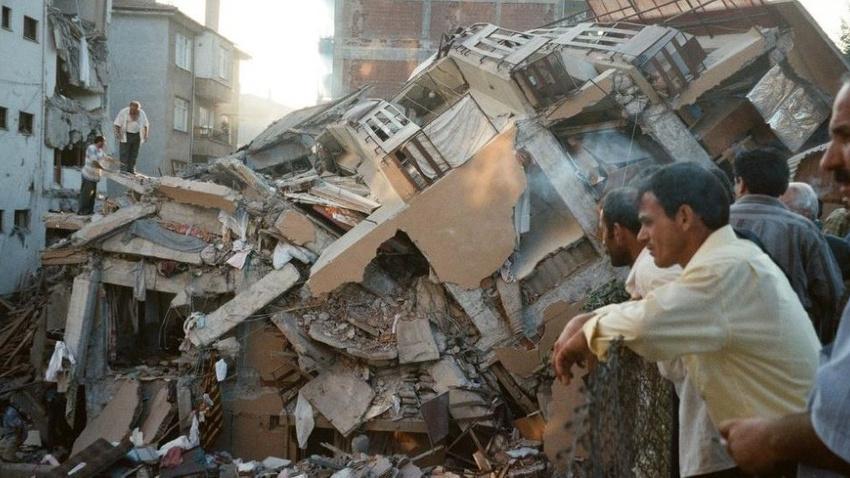 Uzmanlar 'Marmara depremi' konusunda uyarı: En az 7.5'le vuracak