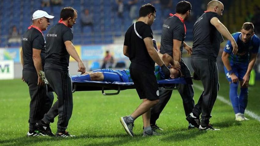 Çaykur Rizespor - Sivasspor maçında şok! Yıldız ismin ayağı kırıldı