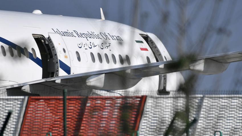 İran Dışişleri Bakanı Zarif, G7 Zirvesinden ayrıldı