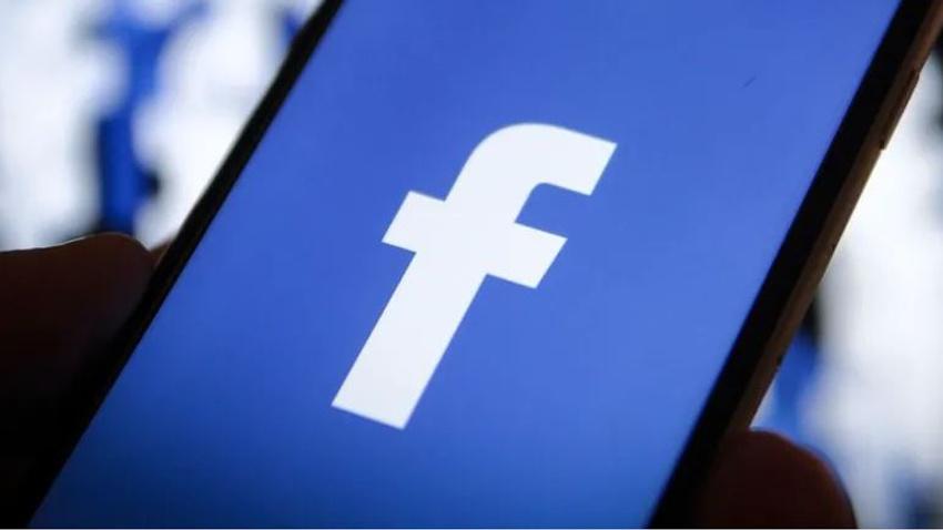 Facebook'a 'tekelcilik' suçlaması