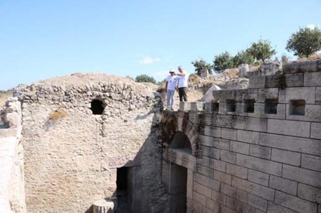 Alexandria Troas'taki 9'uncu dönem kazıları sürüyor. - Sayfa 2