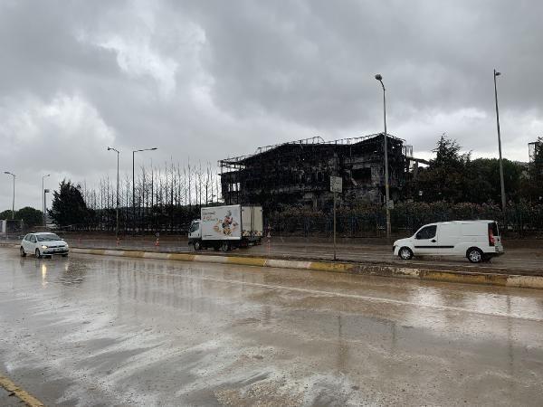 Tuzla'da yanan fabrika çevresinde yağmur sonrası şok görüntüler - Sayfa 3