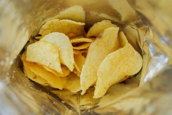 Hamilelikte tüketilen patates cipsi bebeğe zarar verir mi? - Sayfa 1
