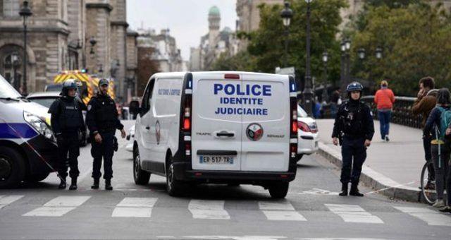 Paris Emniyet Müdürlüğü'nde bıçaklı saldırı: 4 polis öldü - Sayfa 2