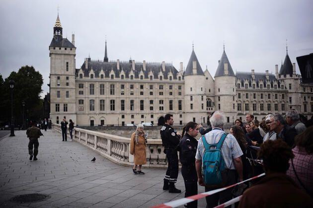 Paris Emniyet Müdürlüğü'nde bıçaklı saldırı: 4 polis öldü - Sayfa 4
