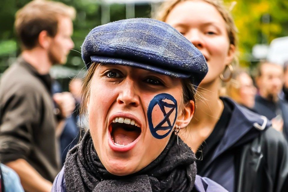 Hollanda'da 'iklim değişikliği'ne karşı işgal eylemleri: 40 gözaltı - Sayfa 3