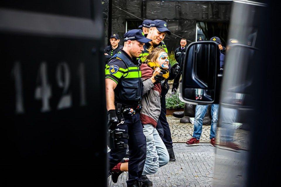 Hollanda'da 'iklim değişikliği'ne karşı işgal eylemleri: 40 gözaltı - Sayfa 4