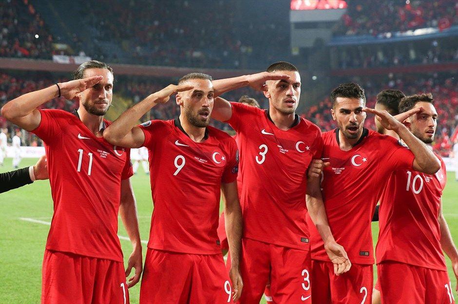 Türkiye -Arnavutluk maçından kareler - Sayfa 2