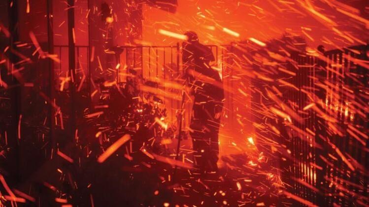 ABD'nin kalbi yanıyor! 100 bin kişiye tahliye emri - Sayfa 1
