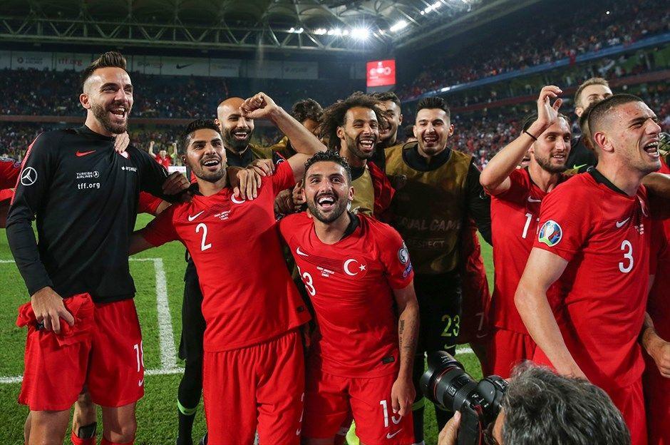 Türkiye -Arnavutluk maçından kareler - Sayfa 4