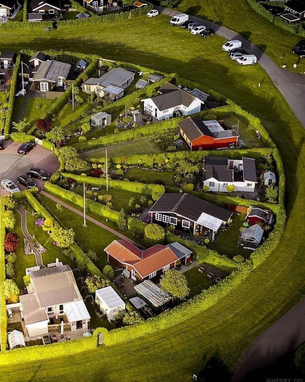 Danimarka'daki Brøndby Köyü Bildiğimiz Tüm Mimari Tasarımları Unutun - Sayfa 2