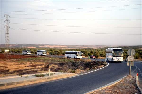 Destek sürüyor... Konvoy halinde sınıra gittiler - Sayfa 1