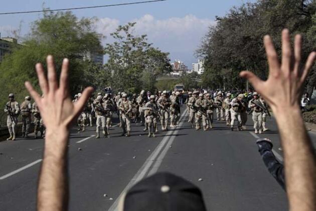 Ülke yanıyor ordu sokağa indi! Ölü sayısı artıyor... - Sayfa 2