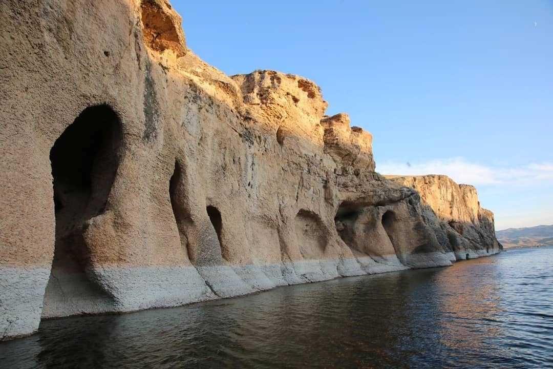 Dünyada eşine ender rastlanan bir yer! Elazığ'da keşfedildi... - Sayfa 2