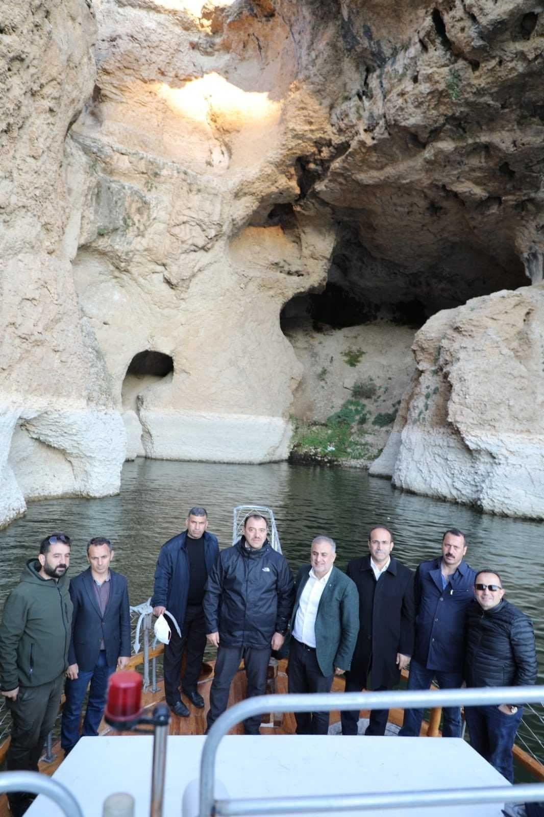 Dünyada eşine ender rastlanan bir yer! Elazığ'da keşfedildi... - Sayfa 3