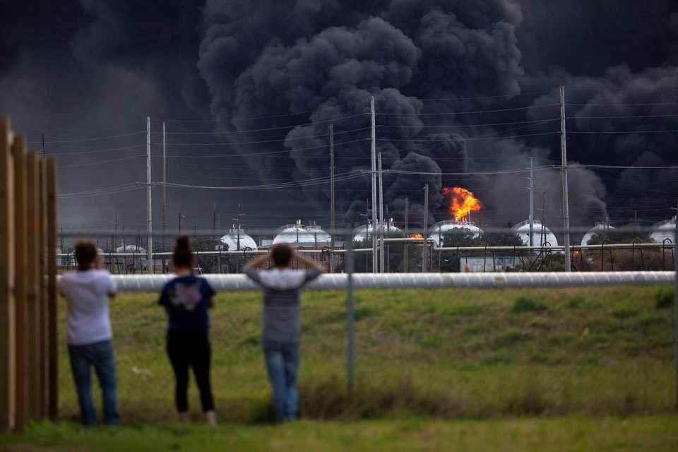 ABD'de kimya fabrikasında patlama: 60 bin kişi tahliye ediliyo - Sayfa 4