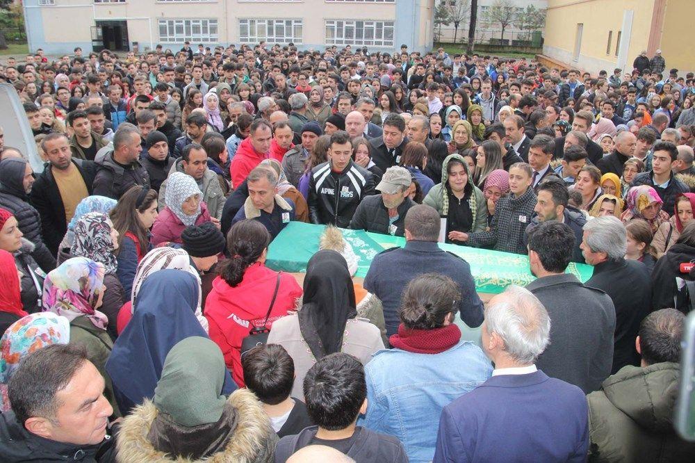 Yozgat'ta kazada ölen hentbolcular için okullarında veda - Sayfa 2
