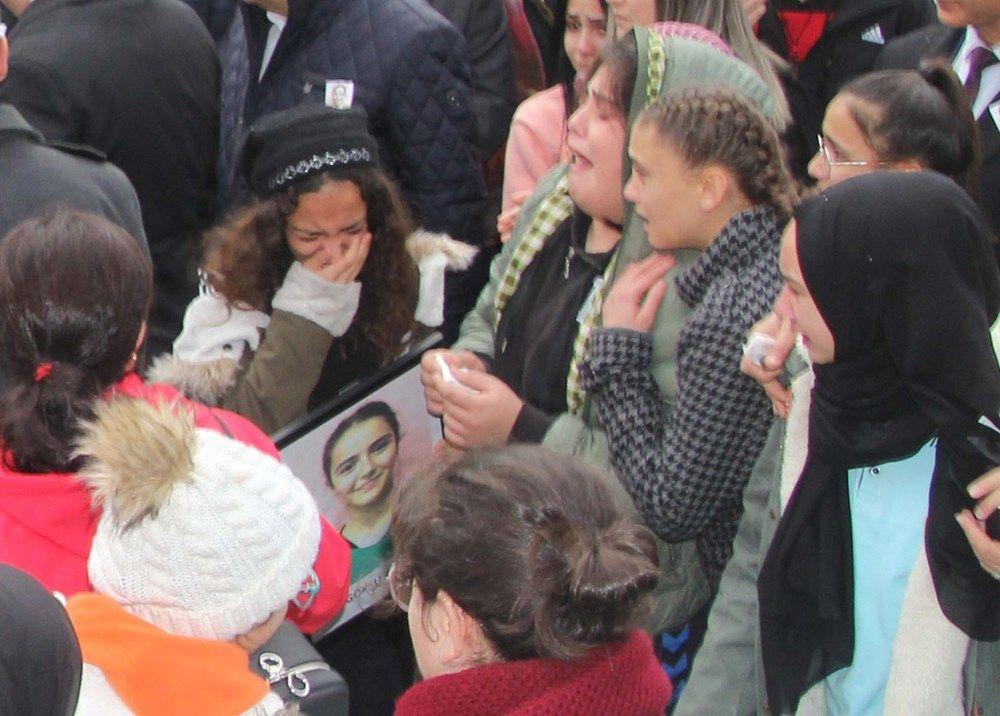 Yozgat'ta kazada ölen hentbolcular için okullarında veda - Sayfa 4