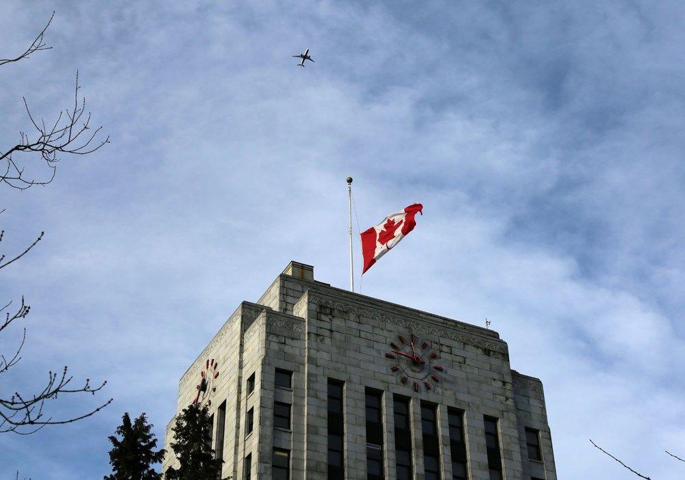 Kanada'da İran karşıtı protesto (Bayraklar da yarıya indi) - Sayfa 2