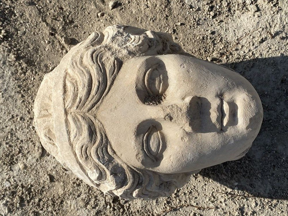 Denizli'de Roma İmparatoru Nero'nun heykeline ait mermer baş bulundu - Sayfa 2