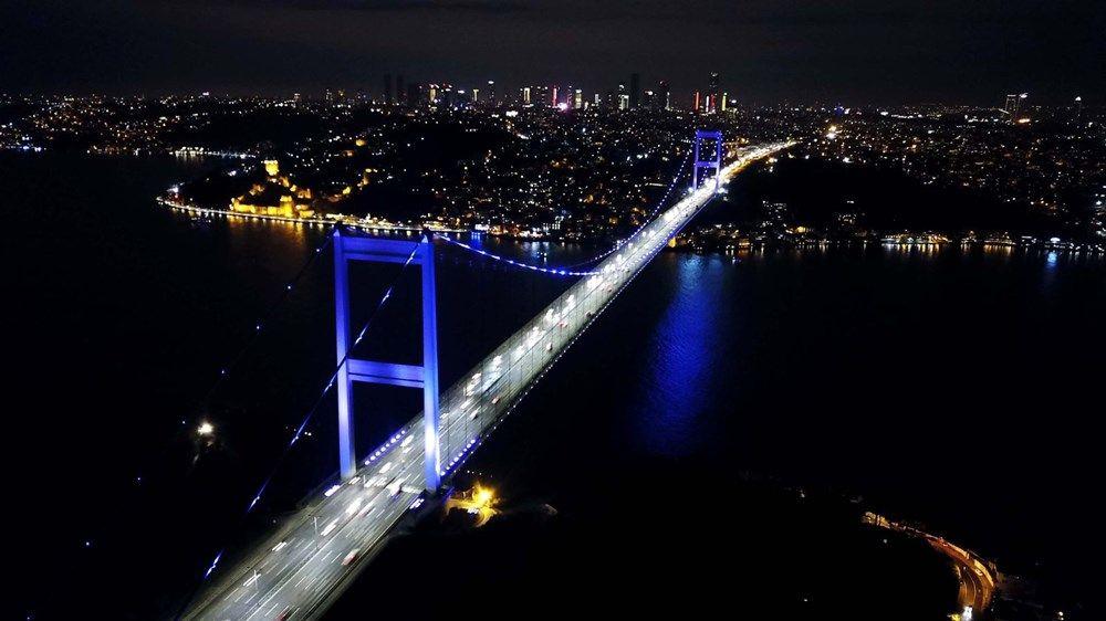 İstanbul'un simgeleri mor renge büründü (Dünya Epilepsi Günü) - Sayfa 1
