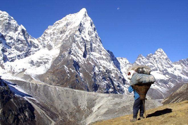 Dağcıların, tırmanma uğruna hayatını kaybettiği Everest'te, hamallık yapıyorlar! Kazançları dudak uçuklatıyor - Sayfa 3