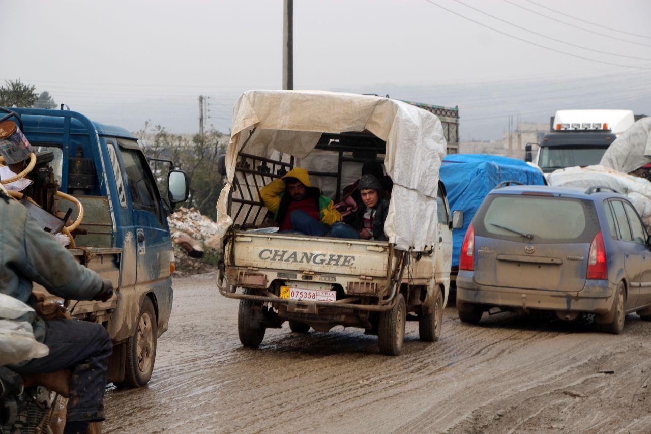 Türkiye sınırına doğru geliyorlar - Sayfa 2