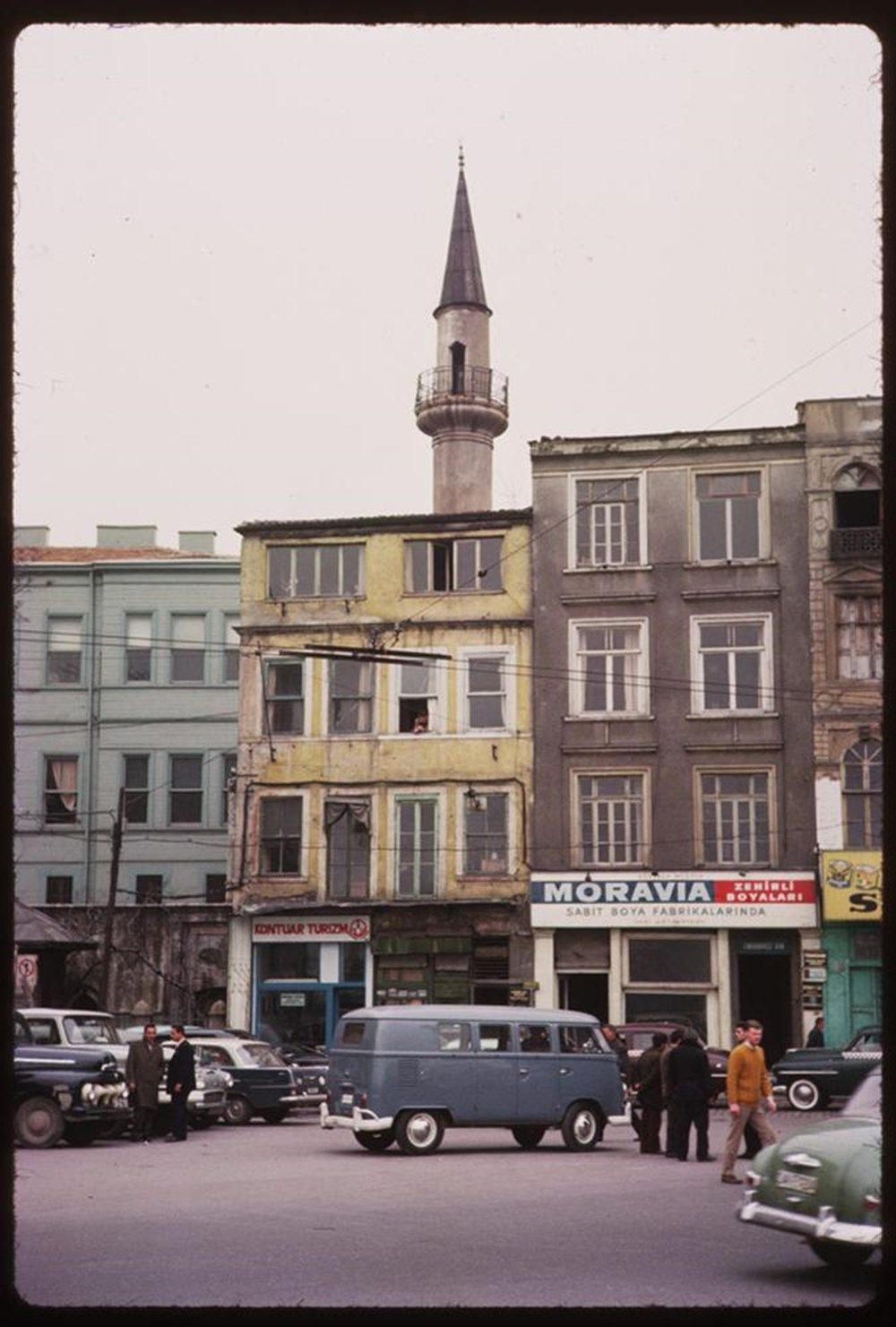 Sessiz sokaklar eski İstanbul'u hatırlattı (İstanbul 1965'te nasıldı?) - Sayfa 4