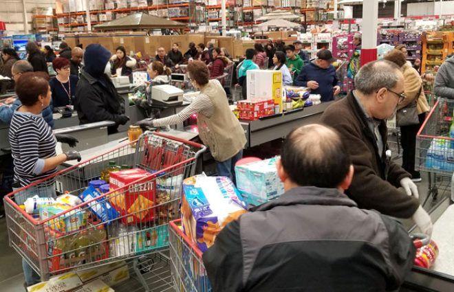 Alışveriş için markete giden sağlık çalışanı, boş rafları görünce gözyaşlarına boğuldu - Sayfa 4