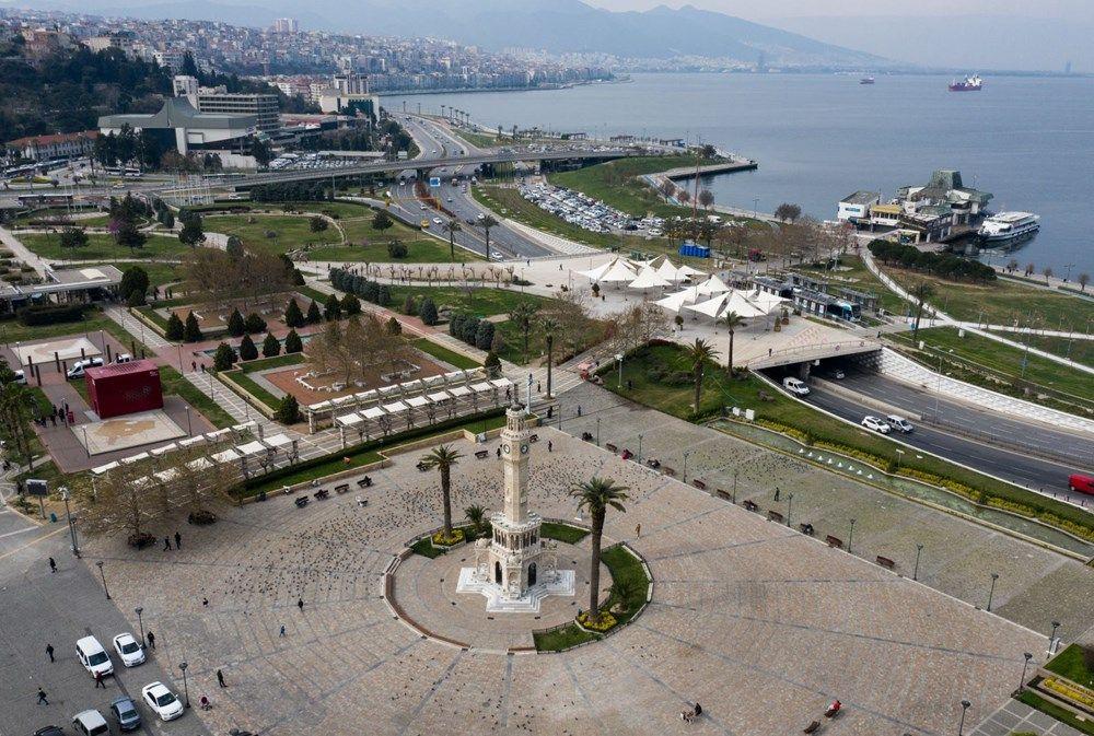 İzmir'de meydanlar boş kaldı - Sayfa 2
