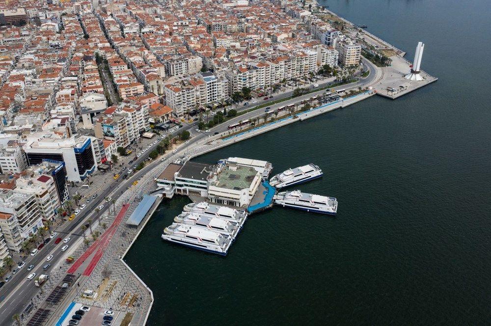 İzmir'de meydanlar boş kaldı - Sayfa 3