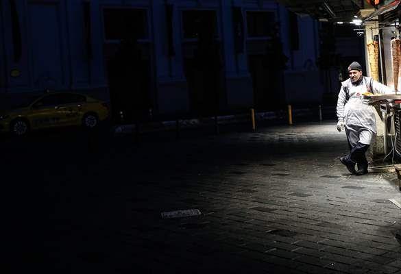Taksim ve İstiklal Caddesi boş kaldı - Sayfa 3