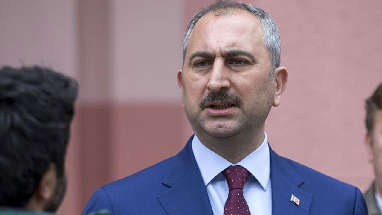 Adalet Bakanı Gül: Duruşmaların ertelenmesi konusunda HSK'ya yetki verildi