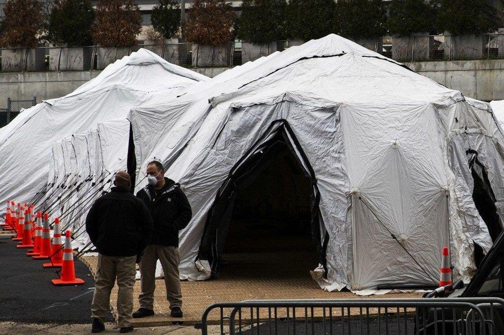 ABD hastanelerin bahçelerine çadırlar kuruyor - Sayfa 2