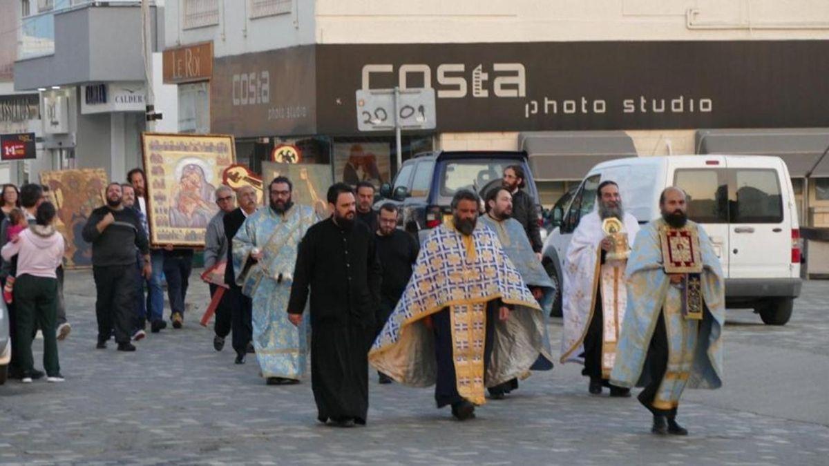 Papazlar koronavirüs duasına çıktı - Sayfa 1