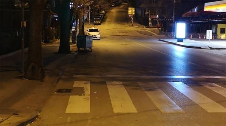 Sokağa çıkma yasağının başlamasıyla birlikte sokaklar boş kaldı - Sayfa 1