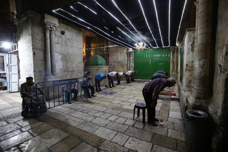 İsrail Kadir Gecesi'ni Mescid-i Aksa çevresinde ihya etmek isteyen Filistinlilere izin vermedi - Sayfa 2
