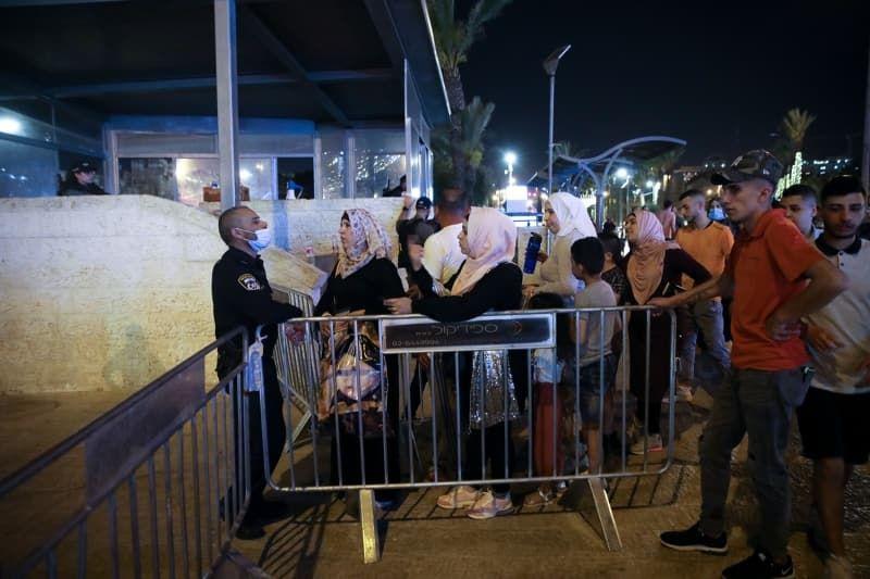 İsrail Kadir Gecesi'ni Mescid-i Aksa çevresinde ihya etmek isteyen Filistinlilere izin vermedi - Sayfa 3