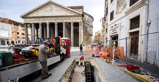Pantheon tapınağının önündeki yol çöktü, ortaya çıkanlara kimse inanamadı - Sayfa 1