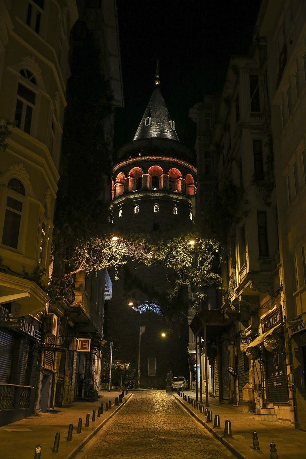 4 günlük kısıtlamanın ilk gününde İstanbul - Sayfa 2