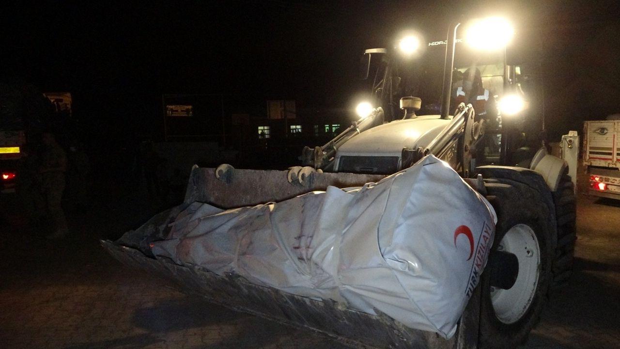 Depremzedelere çadır dağıtımına başlandı - Sayfa 2