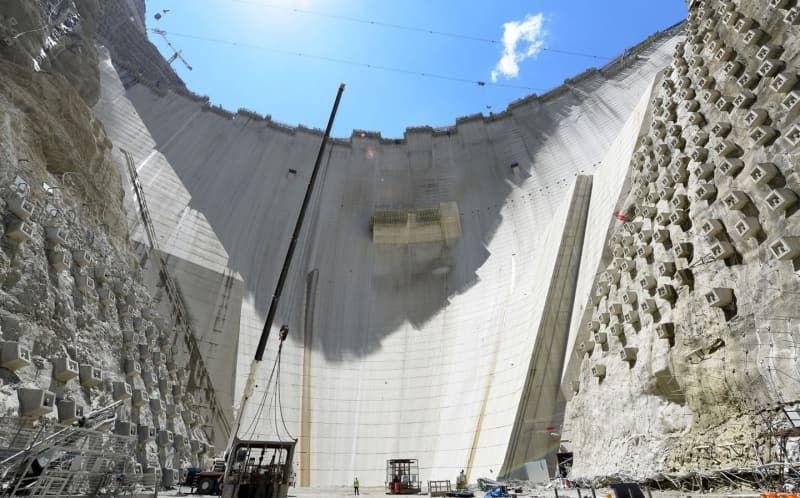 Yusufeli Barajı'nın gövde yüksekliğinde 214 metreye ulaşıldı - Sayfa 1